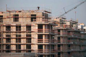 Weniger Baugenehmigungen im ersten Halbjahr