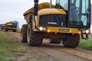 Die Fahrerkabine des Hydrema-Dumpers bietet größtmögliche Übersicht