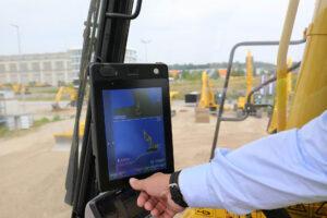 Smart Construction: der halbautomatische Baggermodus auf dem Display